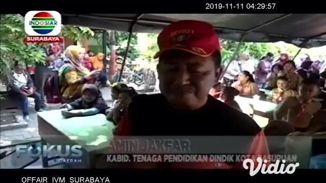 Bimbingan konseling dilakukan untuk menghilangkan trauma, dan mengembalikan kembali semangat belajar mereka. Satu persatu siswa dan siswi SDN Gentong masuk ke tenda yang disiapkan Dinas Pendidikan dan Kebudayaan Kota Pasuruan, Jawa Timur.