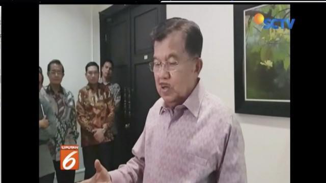 Jusuf Kalla komentari tentang lahan 200 hektar milik Prabowo Subianto. Jusuf Kalla menilai hak milik sudah sesuai undang-undang.