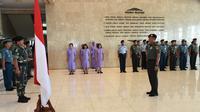 Panglima TNI Marsekal Hadi Tjahjanto Pimpin Acara Kenaikan Pangkat 33 Perwira Tinggi (Pati) TNI di Gedung Soedirman Mabes TNI, Cilangkap, Jakarta Timur, Kamis 2 Mei 2019. (Foto: Puspen Mabes TNI)