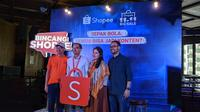 """Shopee selaku sponsor utama Liga 1 2019 membuat diskusi bertajuk """"Bincang Shopee"""" di Holywings Epicentrum, Jakarta Selatan, Kamis (31/10/2019). (Bola.com/Muhammad Adiyaksa)."""