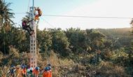 PLN terjunkan personel bantu pulihkan listrik di NTT. (Dok PLN)