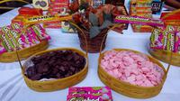 Ragam produk cokelat khas Chocodot (Cokelat dodol) asal Garut, bakal membuat koleksi belanjaan jajanan khas lebaran anda semakin lengkap (Liputan6.com/Jayadi Supriadin)
