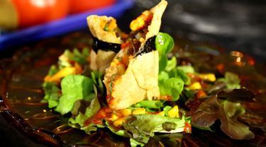 Berikut ini adalah resep menu Gluten Free Spring Rolls with Manggo Salsa Sauce