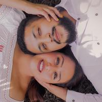 ilustrasi pasangan cinta/Photo by Jennifer Marquez on Unsplash