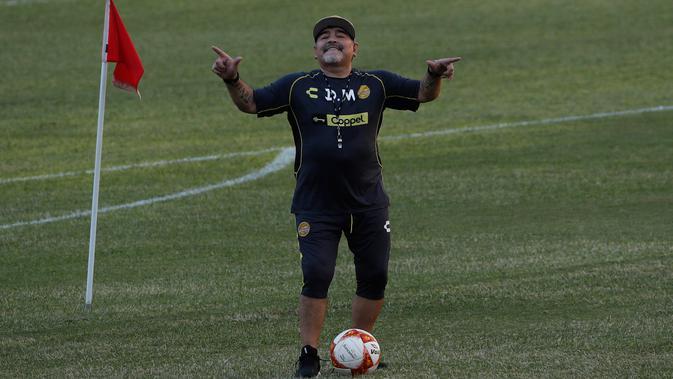 Legenda sepak bola Argentina, Diego Maradona. (AP Photo/Marco Ugarte)