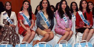 Tak terasa ajang kecantikan Puteri Indonesia telah memasuki tahun yang ke-20 sejak diadakan pertama kali pada tahun 1992. Berbagai bakat muda yang berprestasi di berbagai bidang lahir dari ajang kecantikan ini. (Deki Prayoga/Bintang.com)
