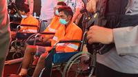 Tiga pelaku pencurian dengan pemberatan yang ditangkap tim gabungan Polresta Malang Kota, Polsek Leces dan Polres Pasuruan di Exit Tol Leces Probolinggo (Liputan6.com/Zainul Arifin)