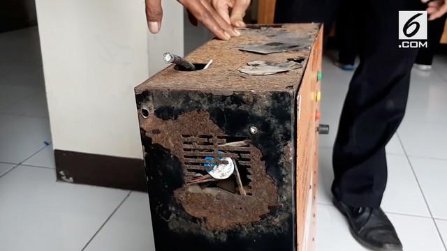 Kawasan pantai kabupaten Garut Jawa Barat meiliki alat peringatan dini bencana tsunami, namun sekarang semua alatnya rusak. Apa penyebabnya?