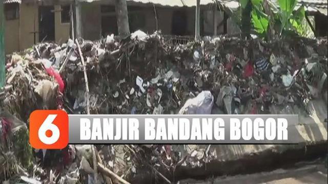 Rumah warga Cikaret, Kota Bogor, rusak akibat diterjang banjir bandang dampak luapan Kali Cimanglid.