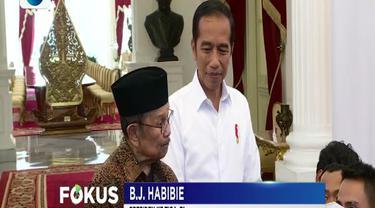 Jokowi saat ini juga masih menunggu waktu yang tepat untuk bertemu dengan Prabowo Subianto guna mendinginkan suasana panas pasca-pemilu.