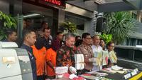 Polda Metro Jaya mengungkap peredaran materai palsu (Merdeka.com/Ronald)