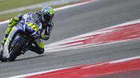 Valentino Rossi ingin menangis karena karena hanya finis di posisi kelima dalam balapan MotoGP San Marino.