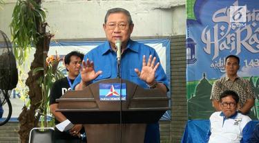 Ketua Umum Partai Demokrat, Susilo Bambang Yudhoyono memberi apresiasi pada pemerintahan Joko Widodo, atas pemberian gaji ke 13 dan thr pada perangkat negara.