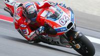 Pebalap Ducati, Andrea Dovizioso, mengaku motornya belum menemukan setelan tepat untuk balapan di lintasan kering pada MotoGP Malaysia. (dok. MotoGP)