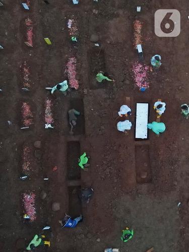 Baru Empat Hari,126 Jenazah COVID-19 Dimakamkan di TPU Bambu Apus