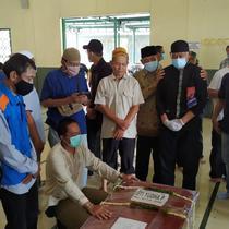 Jasad pramugari Nam Air, korban meninggal jatuhnya pesawat Sriwijaya Air SJ 182, tiba di rumah orang tua korban di Pamulang. (Foto:Liputan6/Pramita Tristiawati)