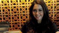Maya Estianty adalah musisi yang juga merupakan mantan istri Ahmad Dhani