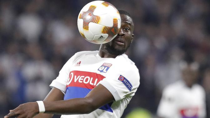 MU & Juventus Rebutan Pemain Lyon