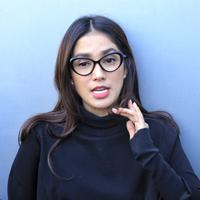 Ussy Sulistiawaty (Adrian Putra/Fimela.com)