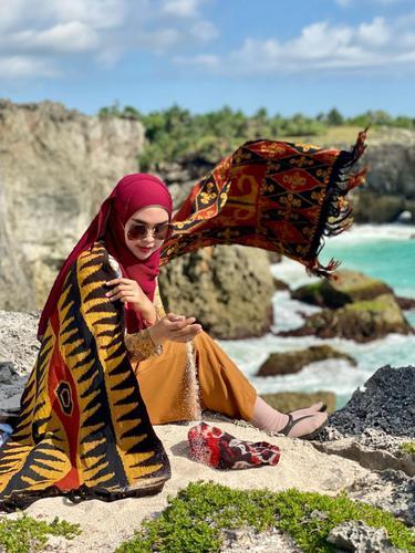 8 Momen Liburan Ria Ricis di Pulau Sumba, Seru Banget