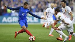 Pemain Paris Saint-Germain (PSG) itu tercatat mencetak empat gol di sepanjang gelaran Piala Dunia 2018. (AFP/ Christophe Simon)