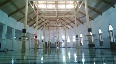 Beduk Misterius di Masjid Peninggalan Sunan Ampel (Buat Yahoo)