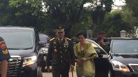 Gatot Nurmantyo menghadiri pelantikan Hadi Tjahjanto sebagai Panglima TNI di Istana Negara (Liputan6.com/ Lizsa Egeham)