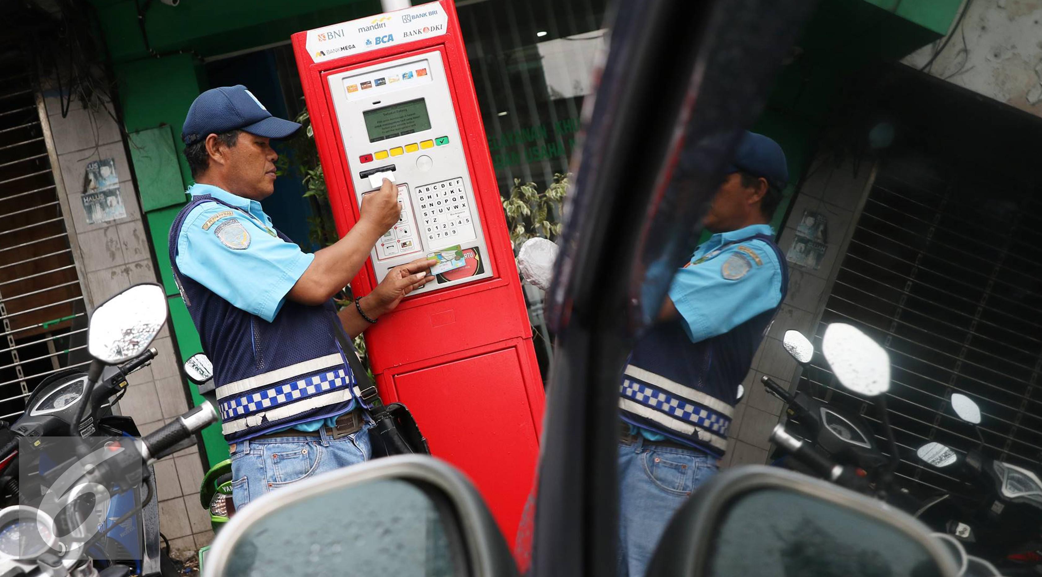 Ilustrasi penggunaan parkir meter. (Liputan6.com/Immanuel Antonius)