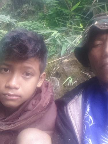 Muhammad Gibran Arrasyid (14), pendaki asal Garut, Jawa Barat akhirnya ditemuukan tim gabungan saat tengah duduk di Jurug Cikoneng yang berada di pos satu, wilayah pendakian Gunung Guntur Garut.
