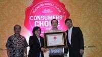 6 produk terbaik BCA menjadi pilihan masyarakat menengah ke atas, hasilnya BCA raih Consumer Award 2015