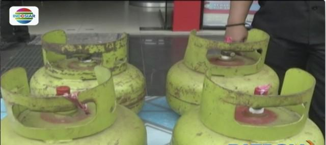 Polda Kalimantan Selatan tangkap pelaku penyelewengan distribusi gas elpiji 3 kilogram dengan barang bukti 800 tabung gas.