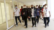 Menpora RI, Zainudin Amali ditemani Ketua PSSI, Mochamad Iriawan melakukan sidak jelang laga uji coba antara Timnas Indonesia melawan Tira Persikabo. (Foto: Bola.com/M Iqbal Ichsan)