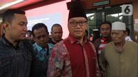 Mantan Menpora Imam Nahrawi usai menjalani sidang dakwaan kasus suap dana hibah KONI di Pengadilan Tipikor, Jakarta, Jumat (14/2/2020). Imam didakwa menerima suap sebesar Rp 11,5 miliar dari mantan Sekjen KONI Ending Fuad Hamidy dan mantan Bendahara KONI Johnny E Awuy. (Liputan6.com/Angga Yuniar)