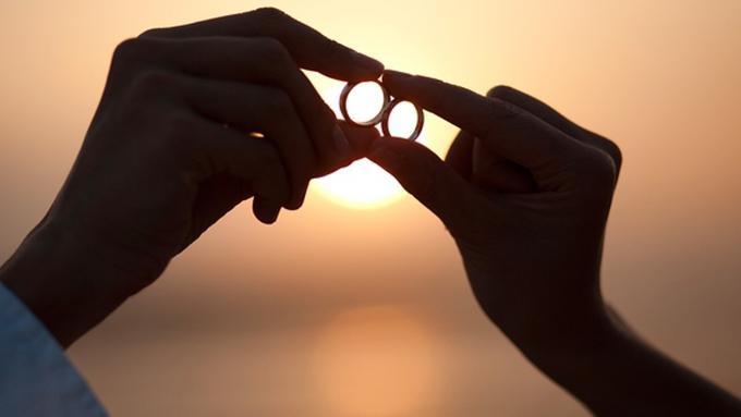 700+ Gambar Cincin Lambang Cinta HD Terbaik