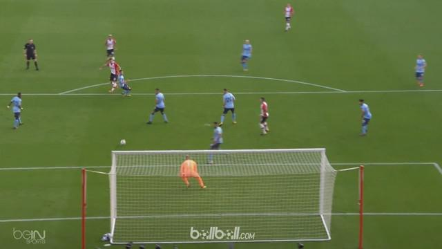 Berita video highlights Premier League 2017-2018, Southampton melawan Newcastle United dengan skor 2-2. This video presented by BallBall.