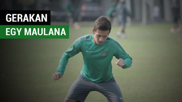 Berita video gerakan pemain Timnas Indonesia U-19, Egy Maulana Vikri, yang menggelitik saat latihan di Tambun, Bekasi, Jumat (29/9/2017).