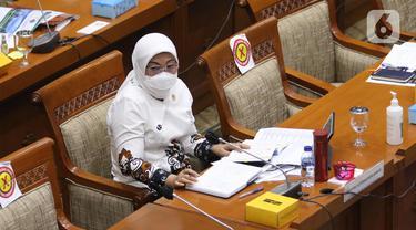 Menaker RDP dengan Komisi IX DPR