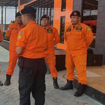 Tim SAR Surabaya (Foto: Liputan6.com/Dian Kurniawan)