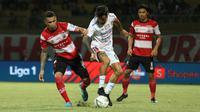 Madura United kalah 0-1 dari Bali United di Stadion Gelora Madura, Pamekasan, Selasa malam (20/8/2019). (Bola.com/Aditya Wany)