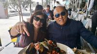 Aburizal Bakrie dan Tatty Murnitriarti berwisata kuliner di Sydney, Australia (Dok.Instagram/@aburizalbakrie.id/https://www.instagram.com/p/BpTTLjkBTmn/?hl=en&taken-by=aburizalbakrie.id/Komarudin)