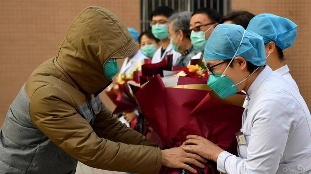 Momen Bahagia Pasien Virus Corona Dinyatakan Sembuh