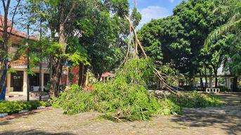 Ratusan Warga Kota Depok Terdampak Angin Puting Beliung