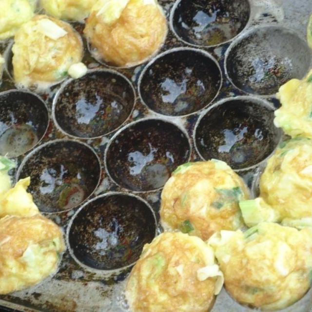 Bisnis jajanan anak sekolah yang praktis : Telur Mini | Via : Fimela.com