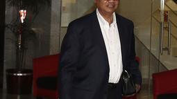 Presiden Direktur Lippo Karawaci Ketut Budi Wijaya usai menjalani pemeriksaan di Gedung KPK, Jakarta, Kamis (25/10). Ketut diperiksa sebagai saksi dalam kasus dugaan suap perizinan proyek pembangunan Meikarta. (Liputan6.com/Herman Zakharia)