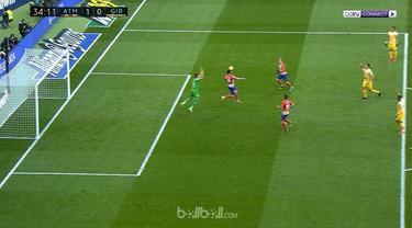 Atletico Madrid gagal memetik poin sempurna untuk menjaga persaingan dengan Barcelona setelah hanya mampu bermain imbang 1-1 di ka...