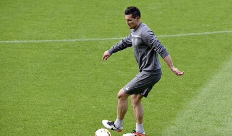 Bek Liverpool asal Kroasia, Dejan Lovren. (AFP/Javier Soriano)