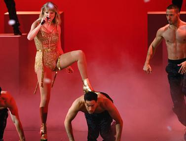 Taylor Swift hingga Camila Cabello Meriahkan Panggung AMA 2019