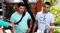Duo warga Australia anggota sindikat narkoba 'Bali Nine', Andrew Chan dan Myuran Sukumaran masih berharap hukuman matinya dibatalkan.