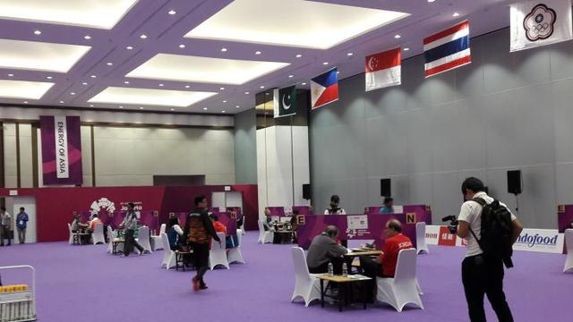 Pertandingan Bridge Asian Games  Di Jiexpo Kemayoran Jakarta Selasa