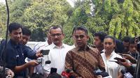 Sekjen Partai Gerindra Ahmad Muzani mendampingi Prabowo Subianto dan Sandiaga Uno tes kesehatan di RSPAD (Merdeka.com/ Hari Ariyanti)